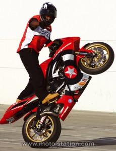 9 Stunt Biker